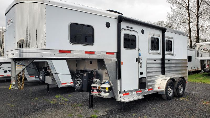 2020 Exiss 7204 4' S.W. - Solid Wood Upgrade - Easy Care Flooring - Electric Awning - 2 Horse Trailer