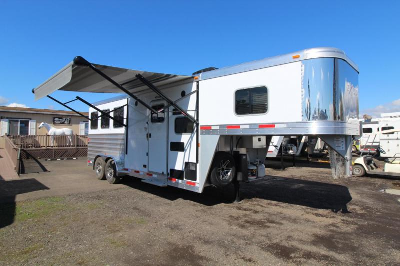 2018 Exiss Escape 7306 Living Quarters 3 Horse Trailer - Hoof Grip Flooring