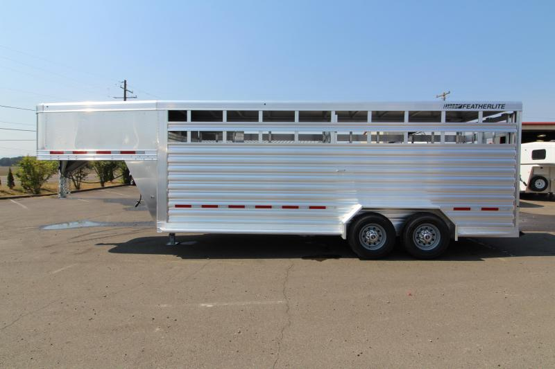 2019 Featherlite 8117 - 20' All Aluminum Livestock Trailer