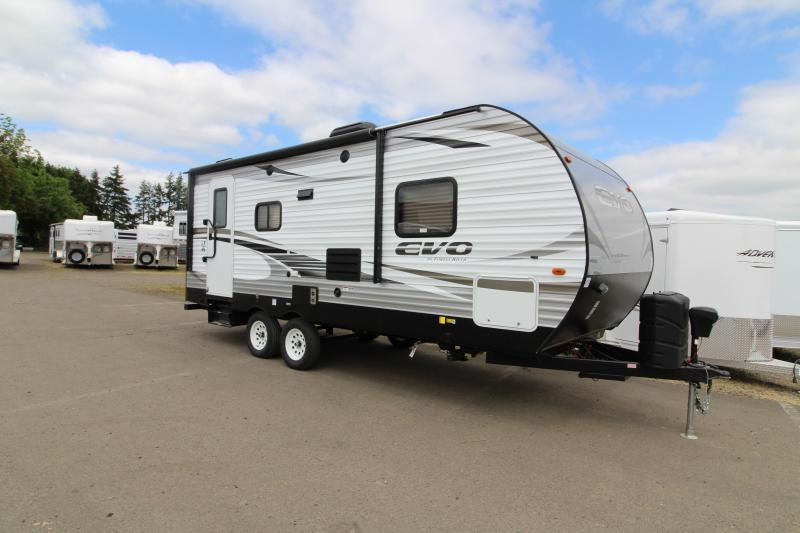 2019 Evo 2160 Travel Trailer - Arctic Package - Power Stabilizer Jacks & Power Awning - PRICE REDUCED BY $1000