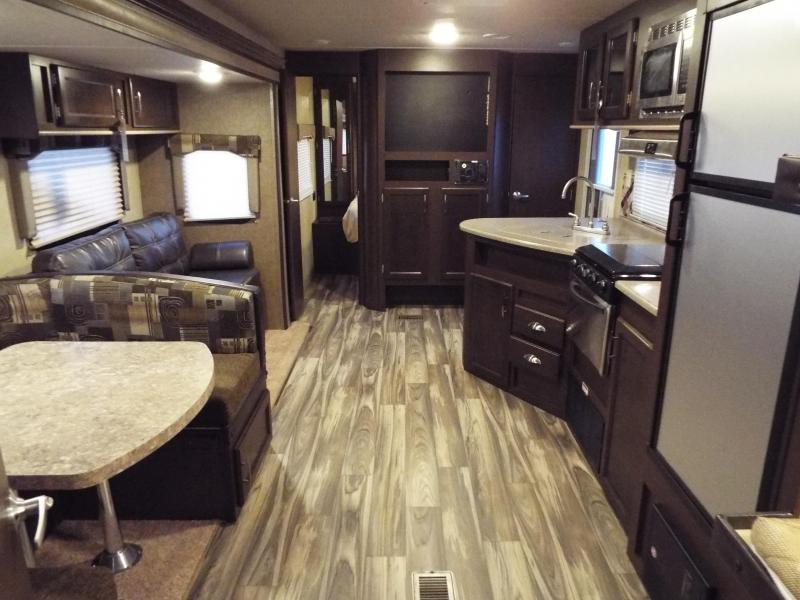 3 bunk bed travel trailer 2