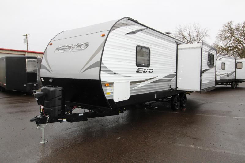 2018 Forest River EVO Travel Trailer 2460 - Arctic Package - Slide out with Dinette and Sofa - Recliner Chairs - Golden Ash Interior Decor - PRICE REDUCED BY $1450