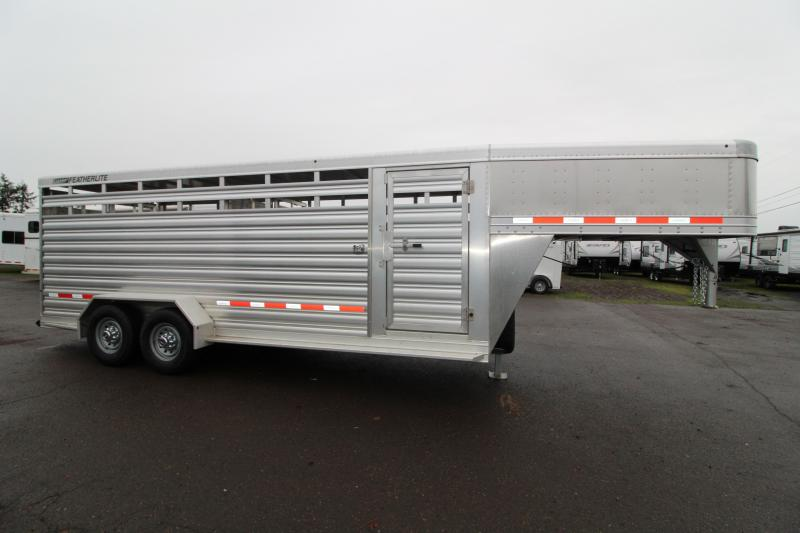 2019 Featherlite 8117 Livestock Trailer - Upgraded Slam Latches