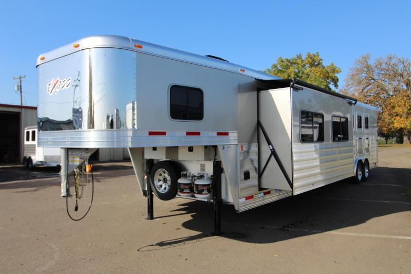 2018 Exiss 8416 - 4 Horse - 16' SW LQ w/ Slide Out - Easy Care Flooring - All Aluminum Horse Trailer - Dinette and Sofa!  TOTAL PRICE REDUCTION OF $5100