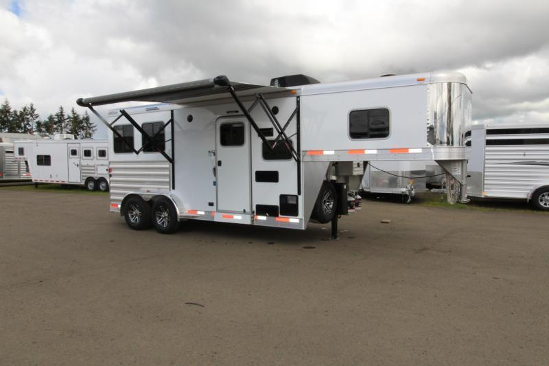 2018 Exiss Trailers 7406 4 Horse 6 ft SW LQ All Aluminum Horse Trailer - Easy Care Flooring - Air Flow Dividers
