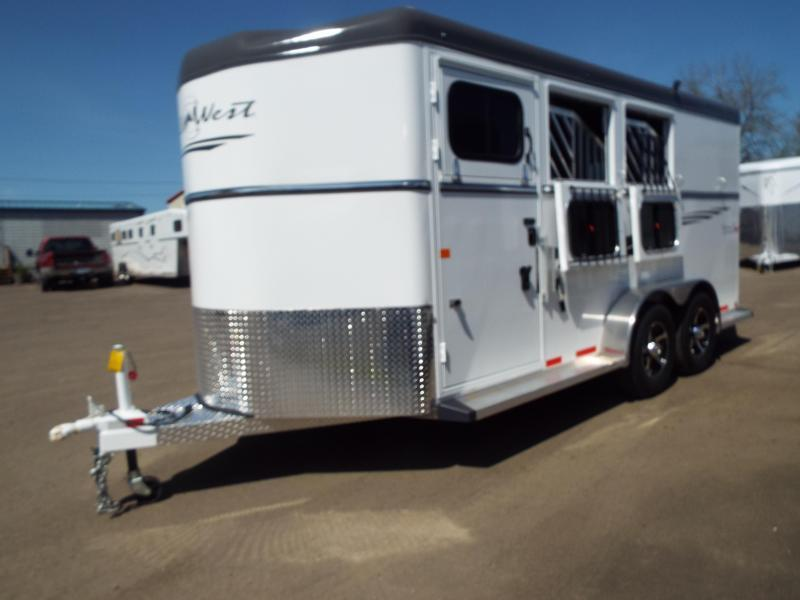 2017 Trails West Sierra Specialite 3 Horse Trailer - Steel Frame Aluminum Skin -Escape Door PRICE REDUCED!