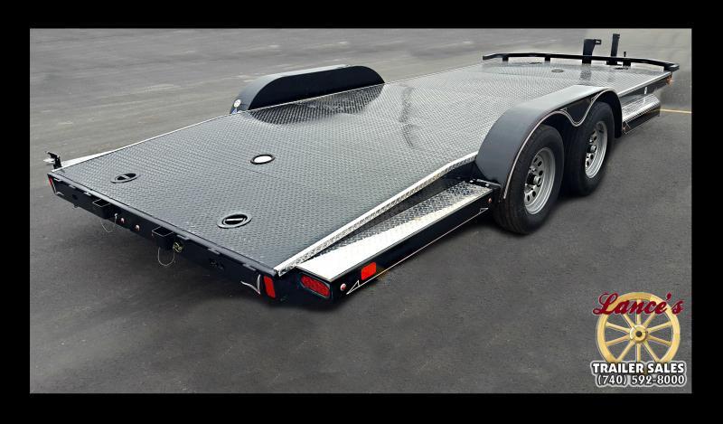 """2017 Diamond C """"12 CHS"""" 18' Deluxe Steel Floor Car Hauler"""