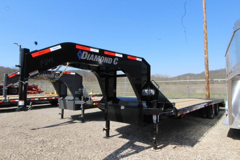2018 Diamond C Trailers FMAX207L30X10 Equipment Trailer