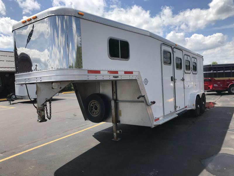 1998 Featherlite 3 Horse Trailer