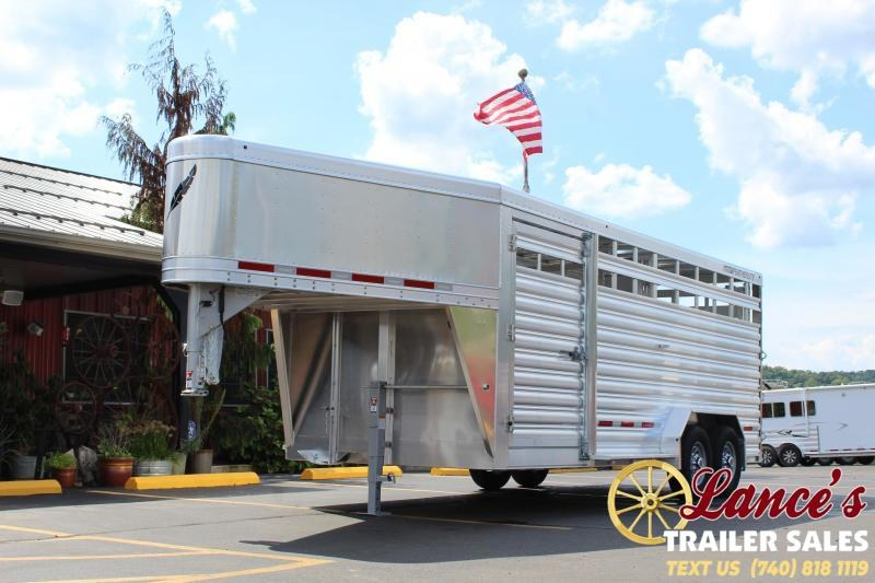 2020 Featherlite 20' V Nose Livestock Trailer