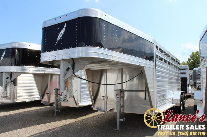2020 Featherlite 16' Livestock Trailer