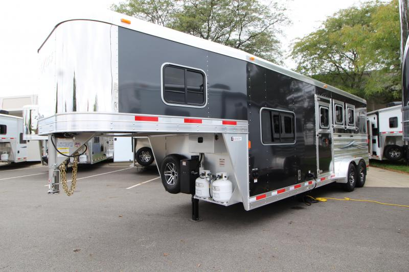 2019 Exiss Escape 7308 3 Horse Slant Load Trailer K5071016