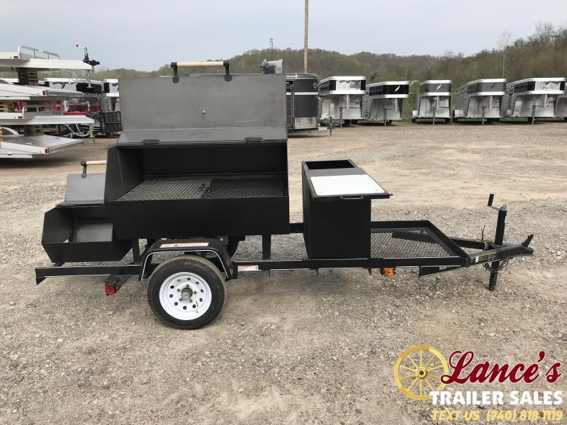 2019 Carry-On Smoker Grill & BBQ