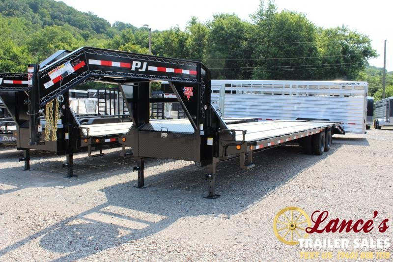 2020 PJ 32' Equipment Trailer