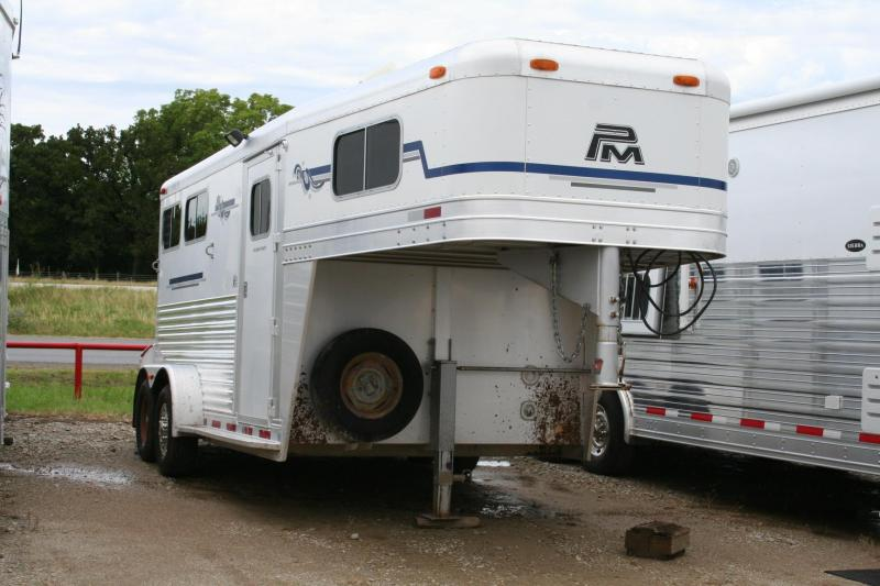 2005 2 H  PLATINUM COACH HORSE TRAILER