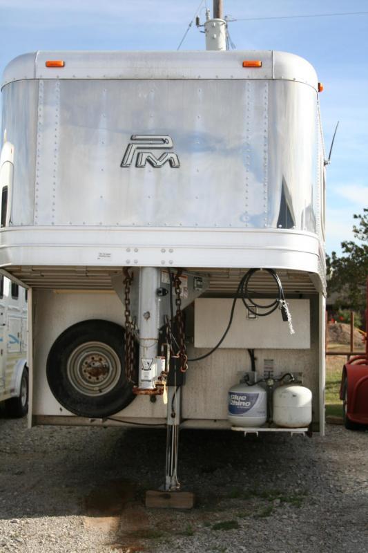 2013 Platinum Coach Sierra Interior Horse Trailer