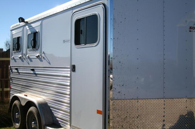 2014 Sooner SE 2H BP Horse Trailer