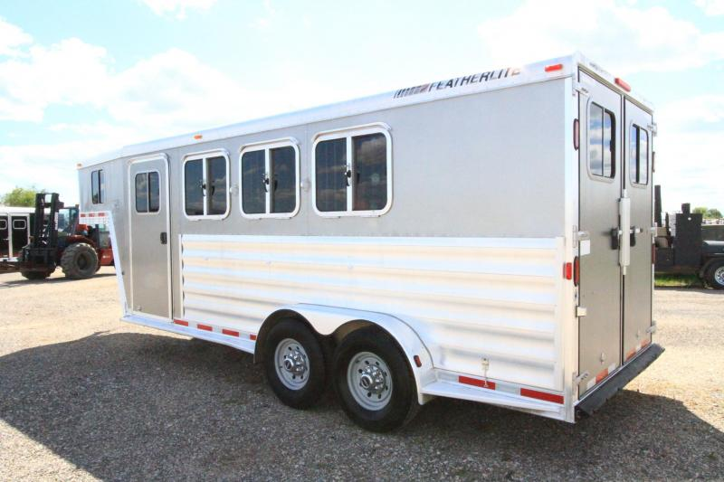 2007 Featherlite 3 Horse GN Trailer