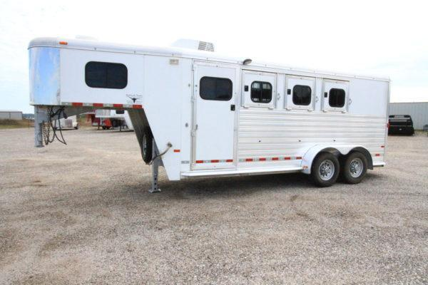 2009 Hart 3H GN Weekend Package Horse Trailer