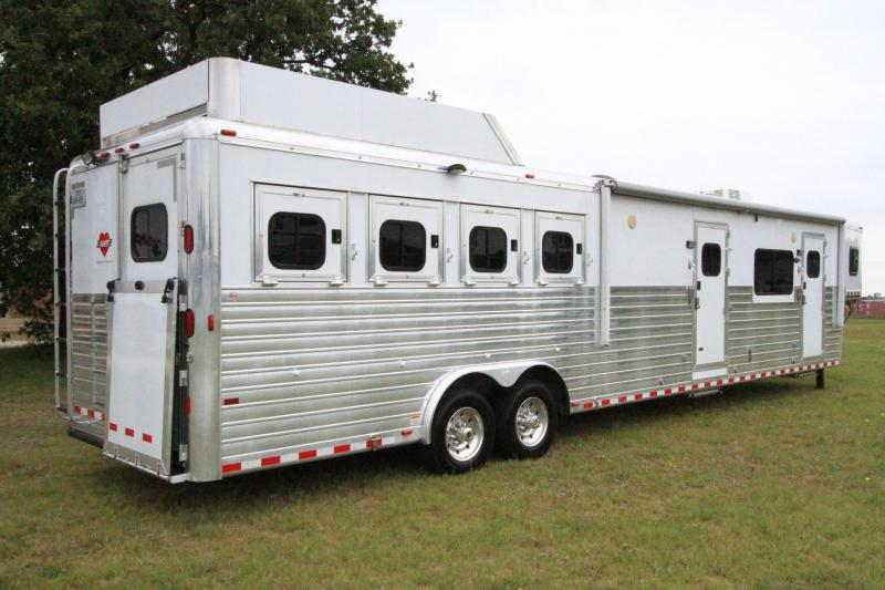 2011 Hart 17 SW Horse Trailer