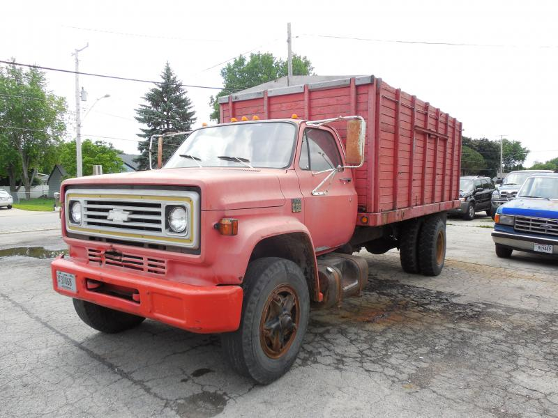 1975 Chevrolet C65 Grain Box Truck