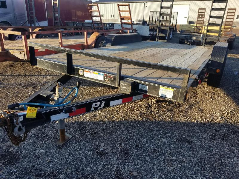 2016 PJ Trailers CE Equipment Trailer