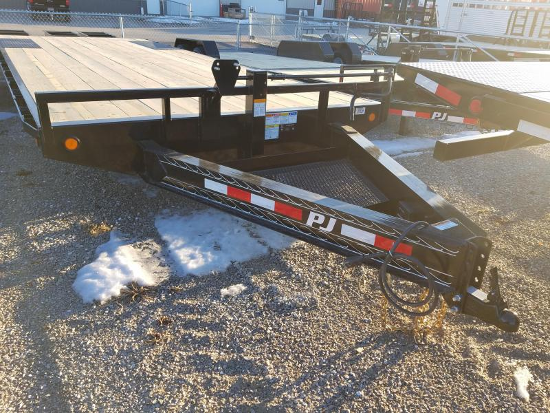 2019 PJ Trailers F8262 Equipment Trailer