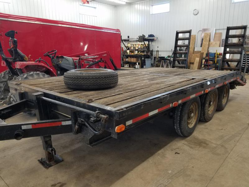 1990  MS Equipment Trailer