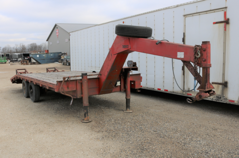 1979 Wrnvl 20' Equipment Trailer