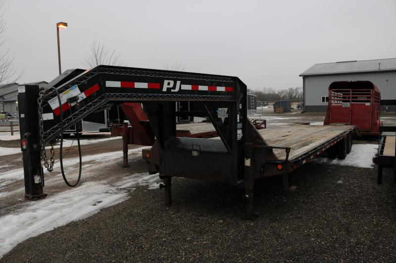 2010 PJ Trailers 32' Low Pro Trailer