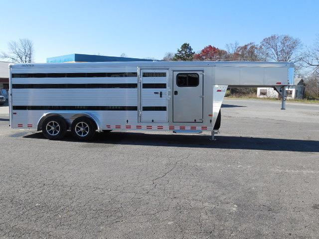 2016 Sundowner Trailers GN 20ft Showman Pig Trailer Livestock Trailer