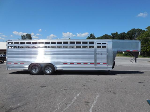 2016 Eby Trailers GN 24ft Maverick Stock / Stock Combo Trailer