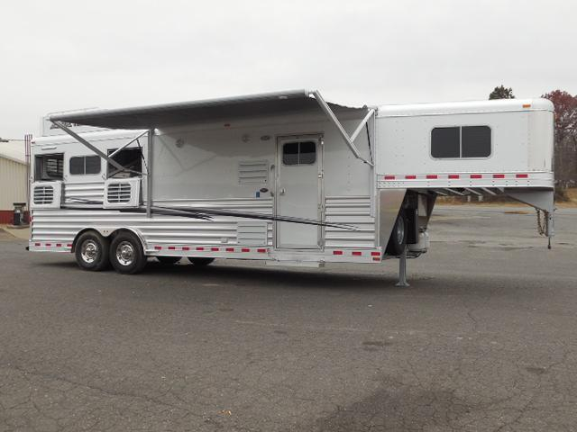 2017 Elite Trailers GN 3H Outback Customs LQ Horse Trailer