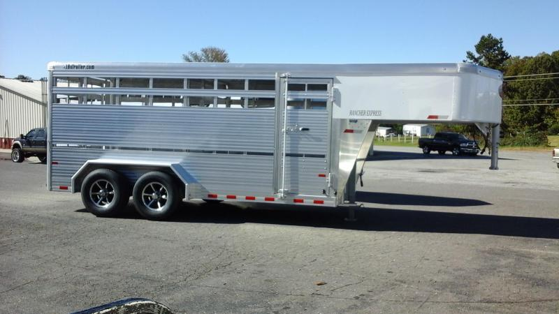 2018 Sundowner Trailers GN 16ft Rancher XP Livestock Trailer