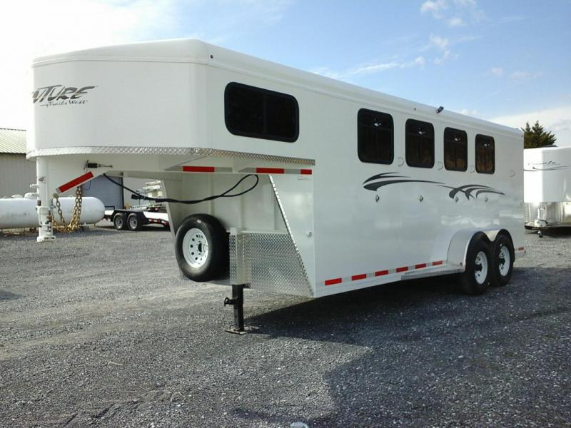 2019 Trails West Manufacturing Adventure MX 4 Horse Horse Trailer