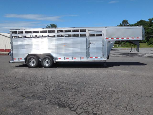 2017 Barrett Trailers GN 20ft Livestock Trailer