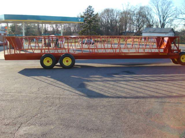2015 Pequea 530T Feeder Wagon Hay / Forage