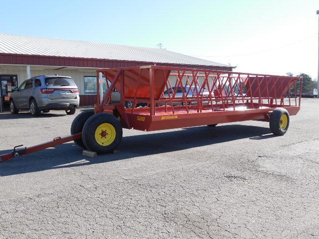 2016 Pequea BP 520 Wagon Hay / Forage