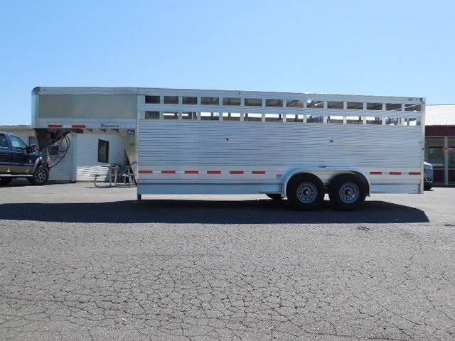 2016 Eby Trailers GN 20ft Maverick Stock / Stock Combo Trailer
