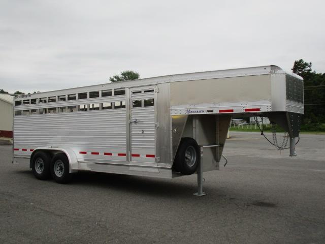 2019 Eby Trailers GN 20ft Maverick Livestock Trailer