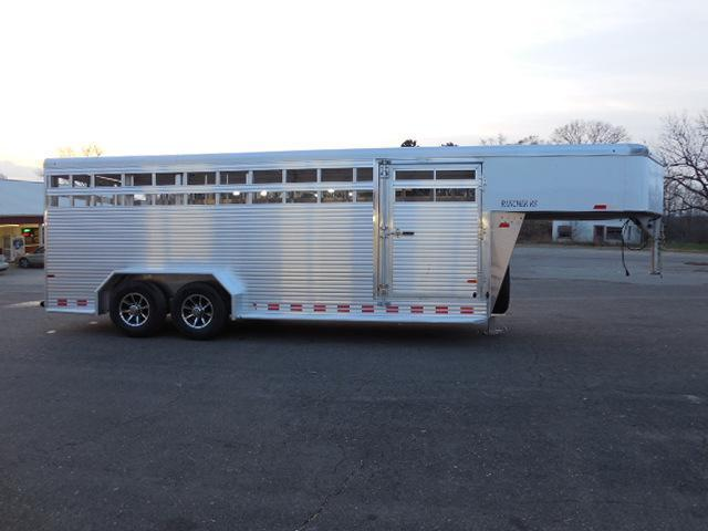 2016 Sundowner Trailers 20 Rancher RS Livestock Trailer