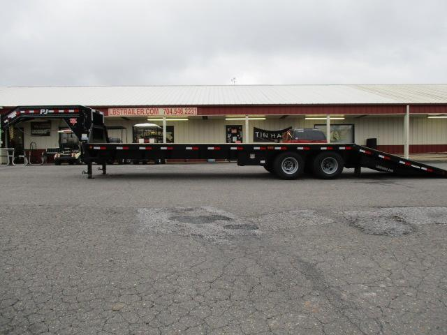 2019 PJ Trailers 32ft Flatdeck w/Hyd Dove Equipment Trailer