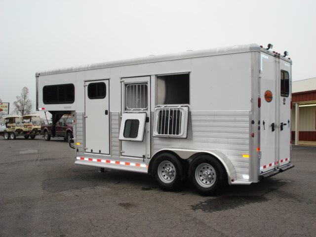 Clearance 2013 Sundowner Trailers GN 2H Rancher Sport Horse Trailer