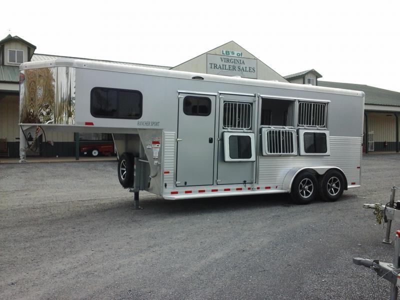 2019 Sundowner Trailers 3H SL Rancher Sport Horse Trailer