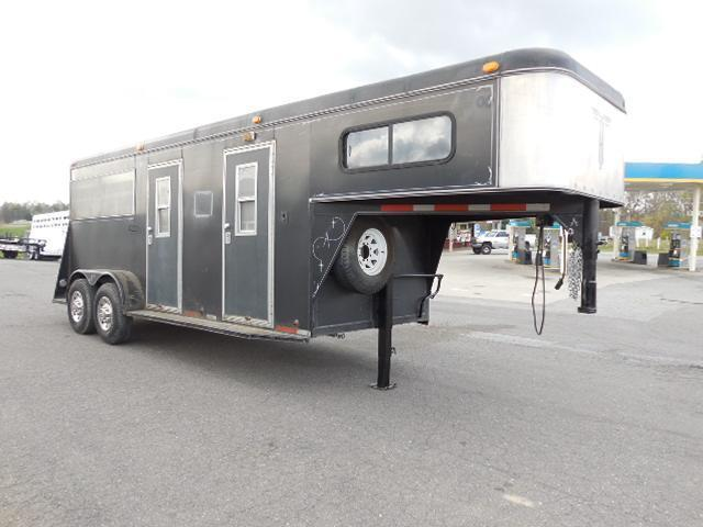 1996 Adam GN 2H SL with Dress Horse Trailer