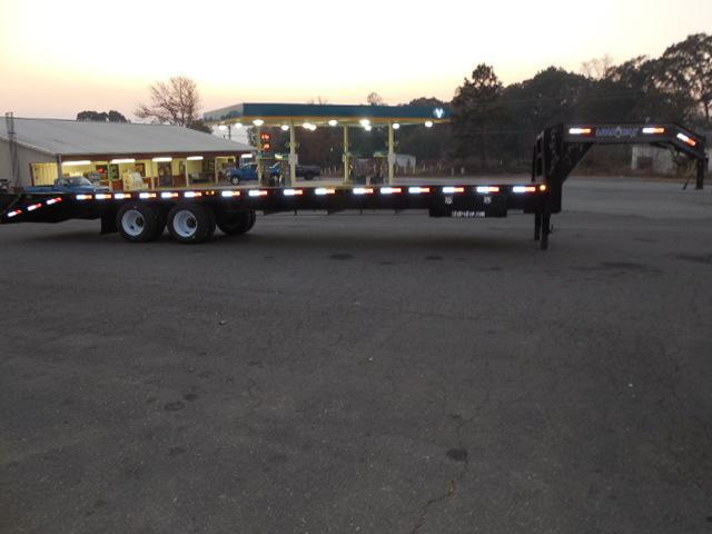 2017 Load Trail GN 102 x 34 Equipment Trailer