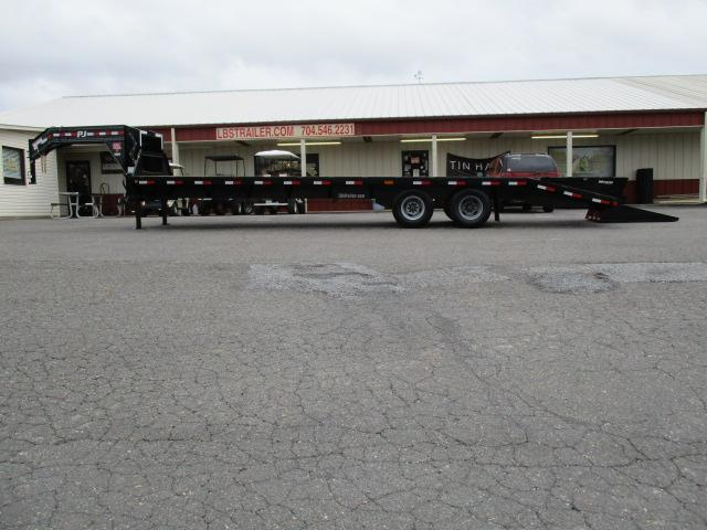 2019 PJ Trailers 30ft CLassic Flatdeck w/Duals Equipment Trailer