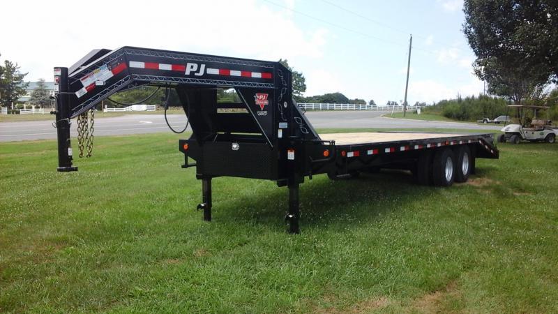 2017 PJ Trailers FD262 Equipment Trailer
