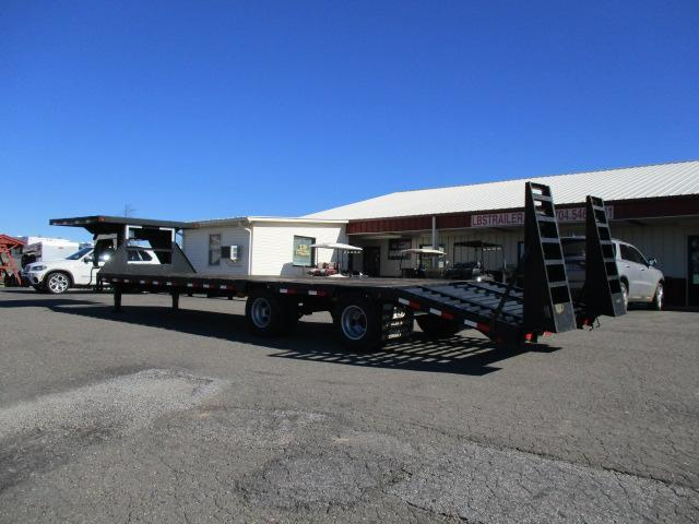 2010 Load Max GN 8 1/2 x 32 Equipment Trailer