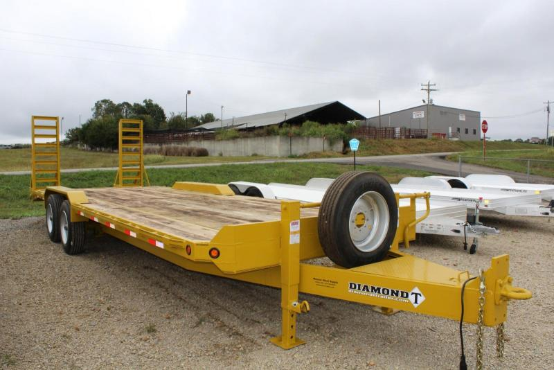 2017 Diamond T Trailers 8324SKPI1408 Equipment Trailer
